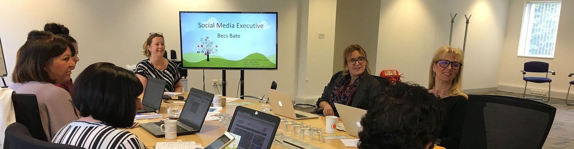 Becs Bate, Social Media Consultant providing Social Media Training to a business